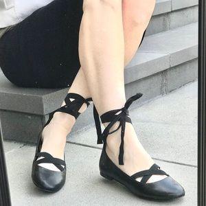 GAP ankle wrap ballet flats lace around BLACK sz 9